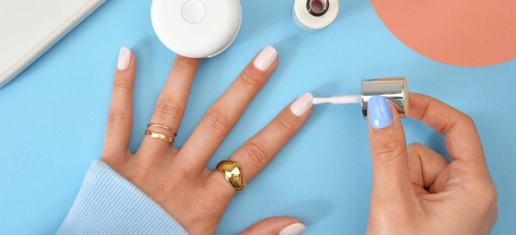 Lav dine egne gellak negle derhjemme – Holder over 10 dage